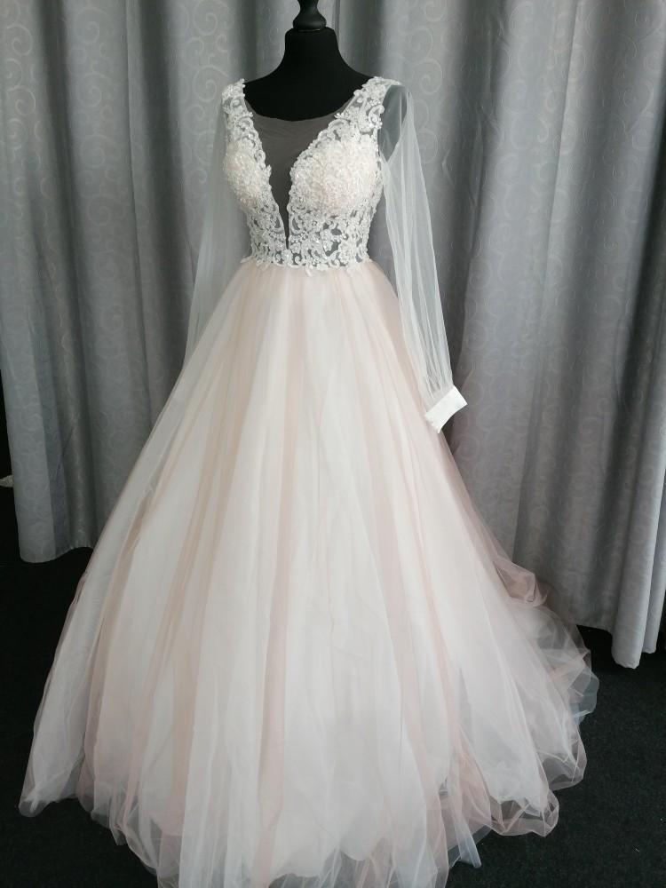 Vestido de noiva bege