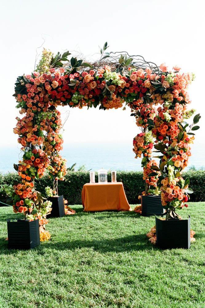 Arco para casamento de Outono com flores