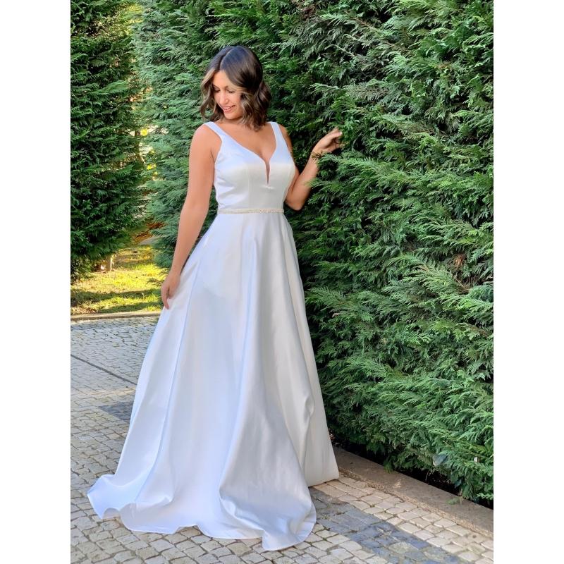 Vestido de Noiva em Cetim
