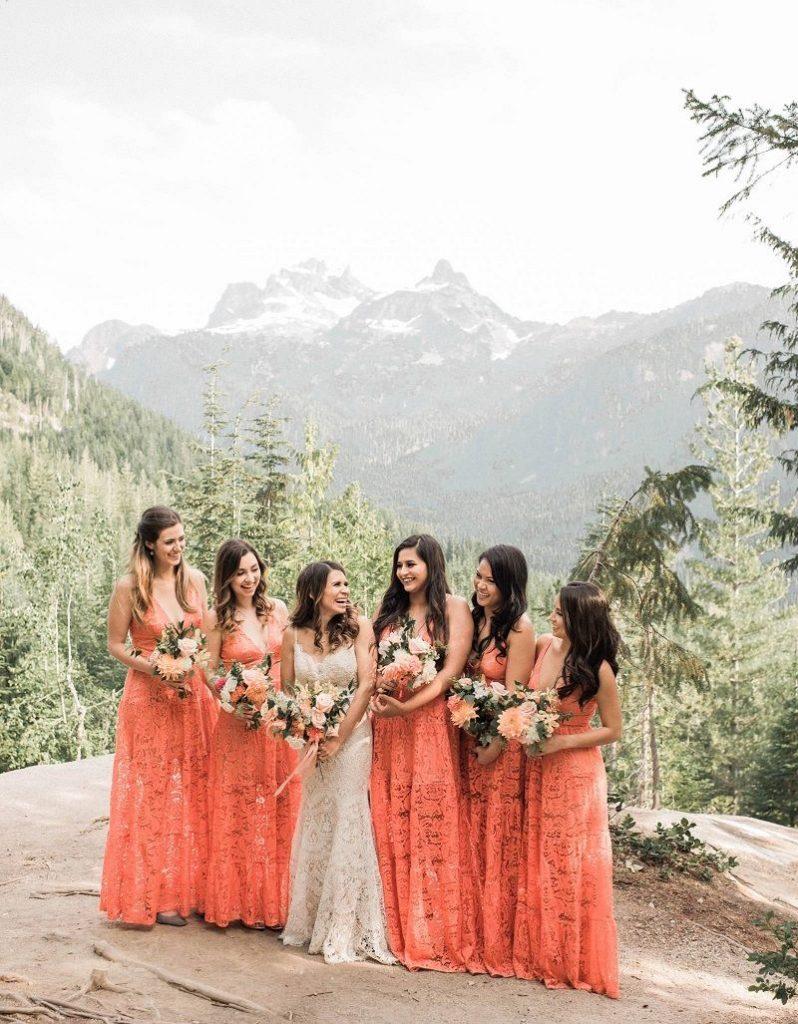vestidos de damas-de-honor em tangerina