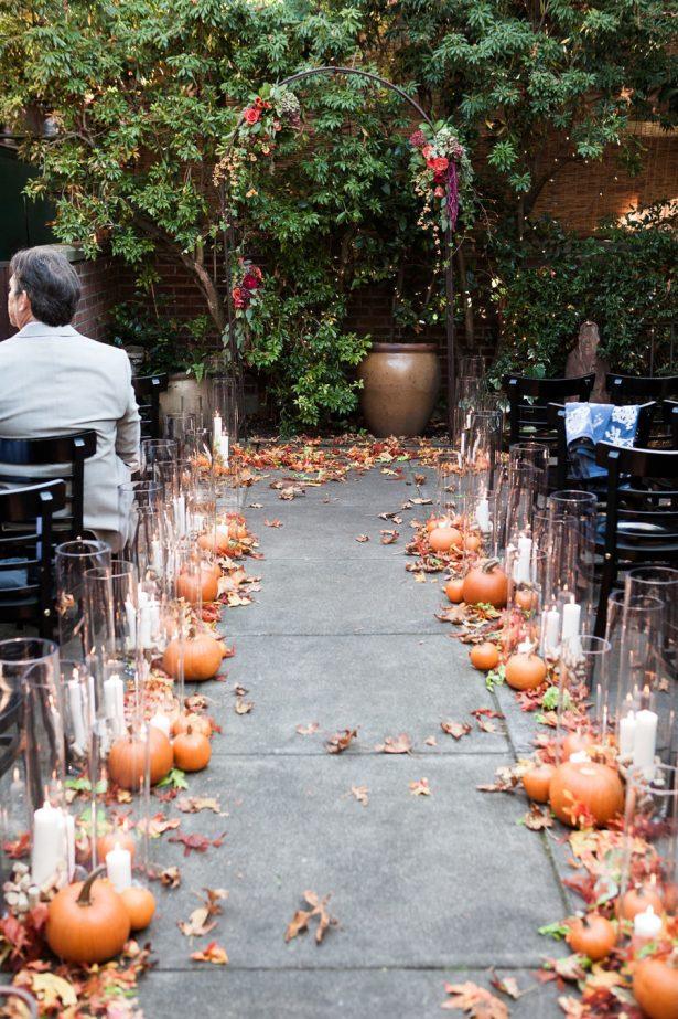 Cerimónia de Halloween com abóboras