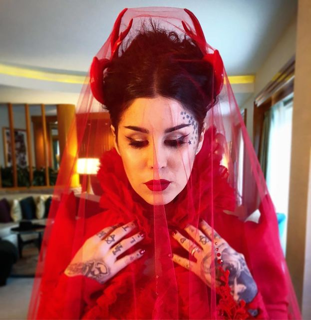 Kat Von D vestida de noiva