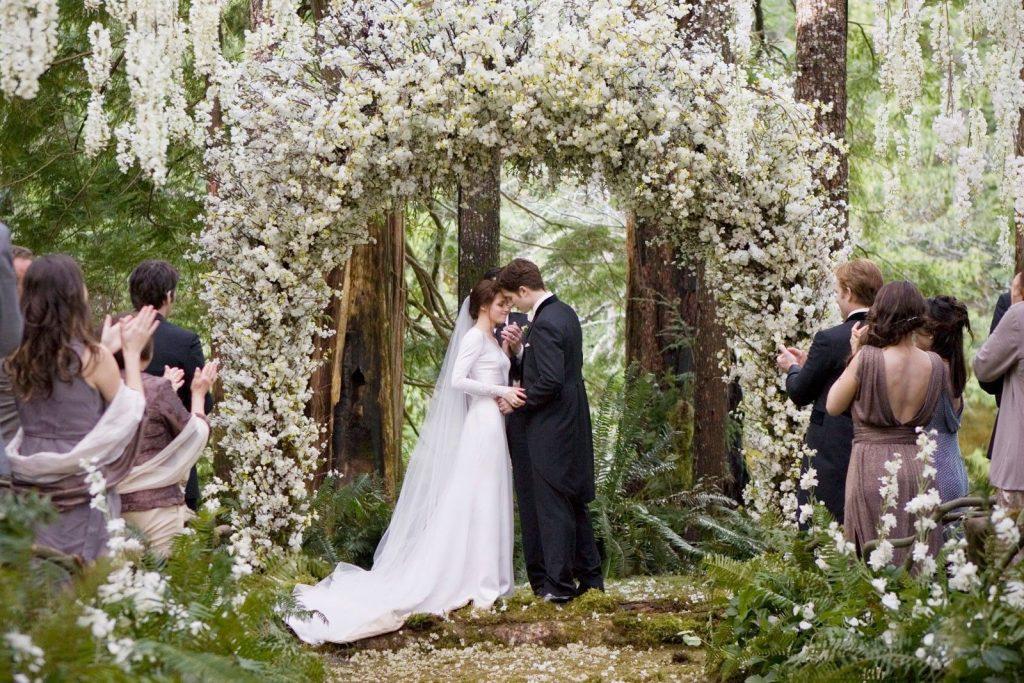 """Bella e Edward em """"Twilight - Amanhecer"""""""