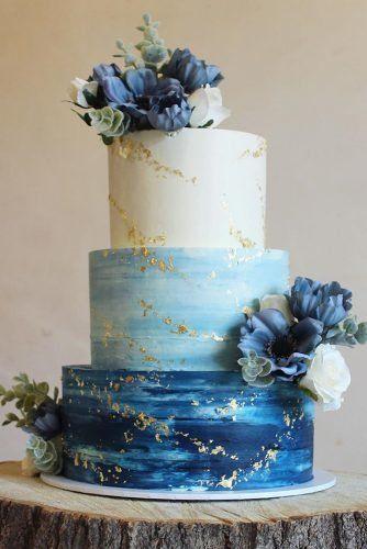 Bolo de casamento em azul