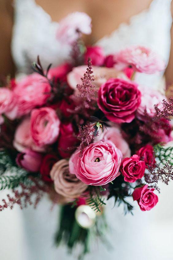 Bouquet em tons de Rosa e Vermelho