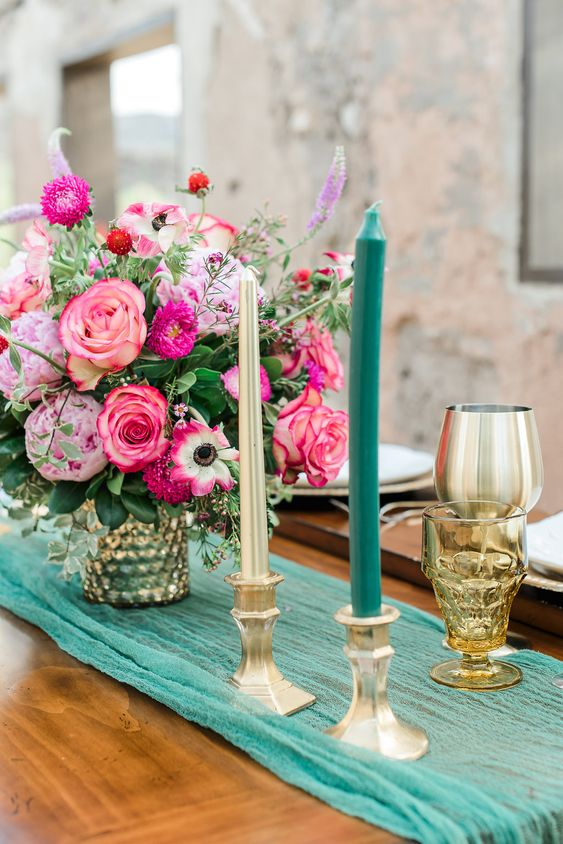 Mesa em Rosa e Verde
